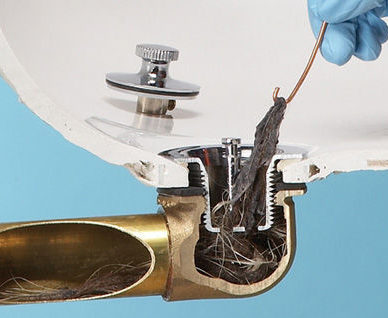 Для прочистки можно использовать проволоку.