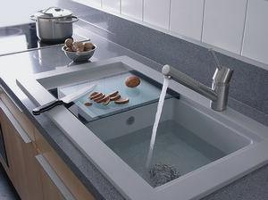 Прямоугольная мойка для кухни.