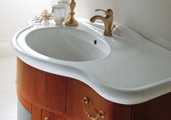 Керамическая раковина для ванной.